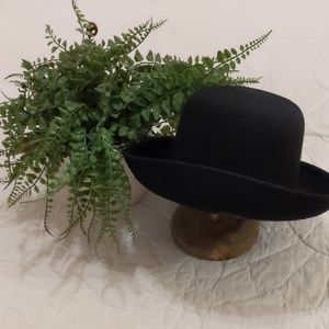 Accessories - Italian Black Wool Hat